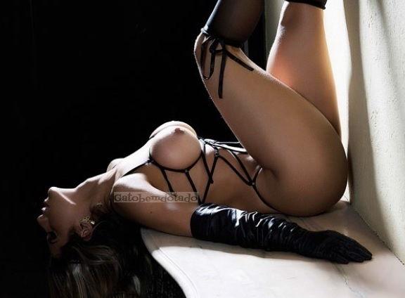 ana-paula-minerato-pelada-nua-na-revista-sexy-22