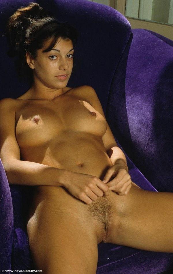 Morena masturbacao buceta linda 6