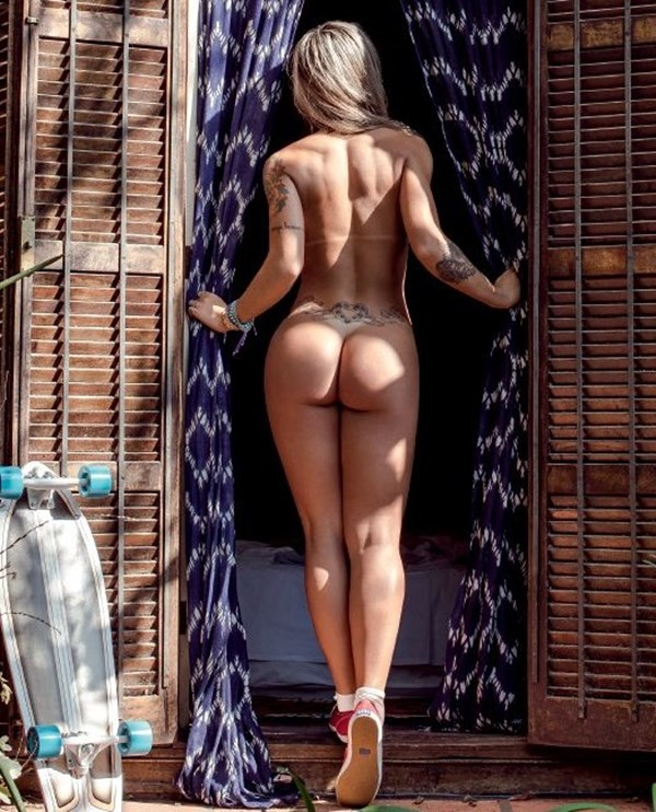 Vanessa mesquita nude
