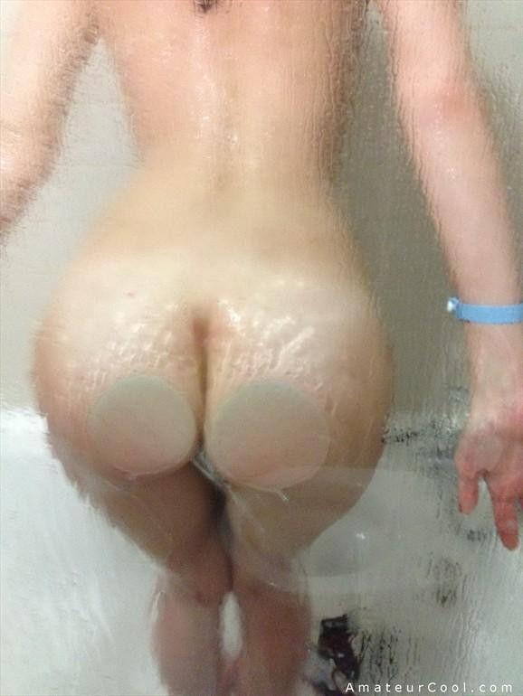 morena-amadora-caiu-na-net-tomando-banho-peladinha-6