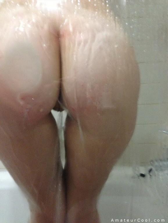 morena-amadora-caiu-na-net-tomando-banho-peladinha-7