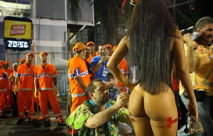 mulheres-peladas-no-carnaval-2015-16