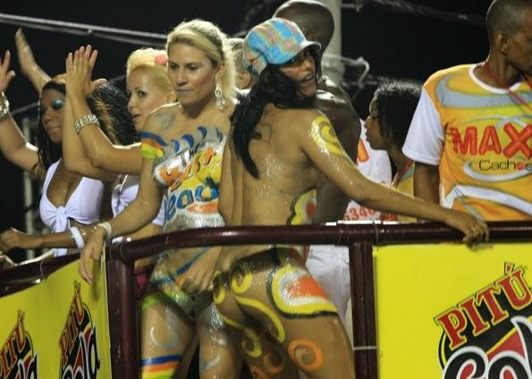 mulheres-peladas-no-carnaval-2015-4
