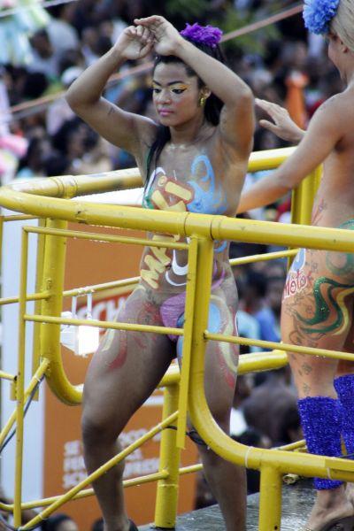 mulheres-peladas-no-carnaval-2015-63