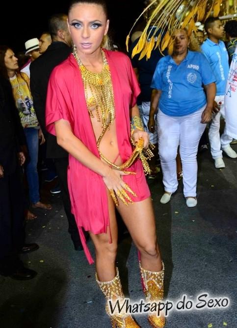 mulheres-peladas-no-carnaval-2015-9