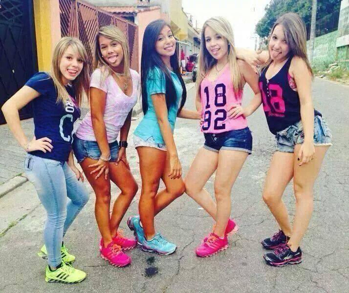 Baile de favela - 1 7