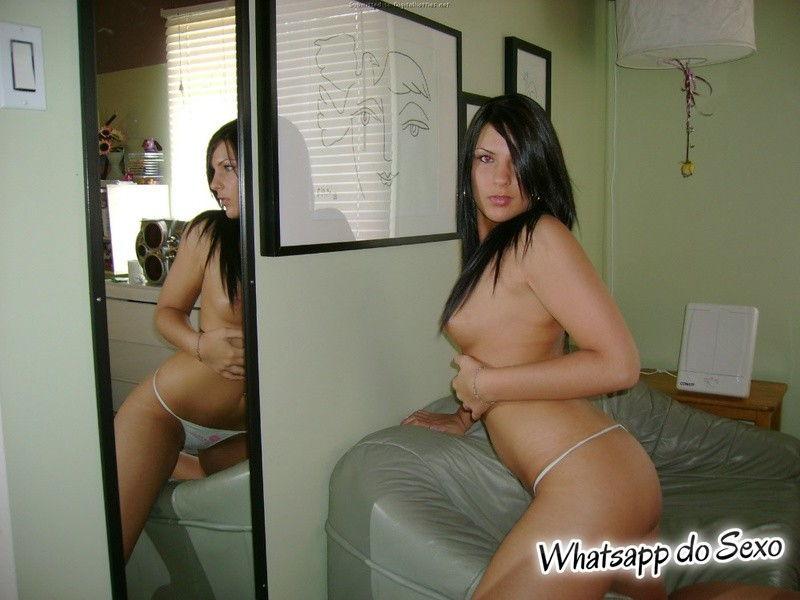 brasileirinha-peladinha-caiu-na-net-em-fotos-sensuais-8