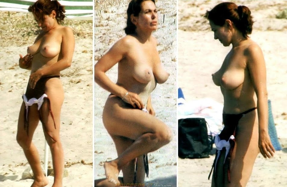 43-fotos-topless-de-gostosas-na-praia-34