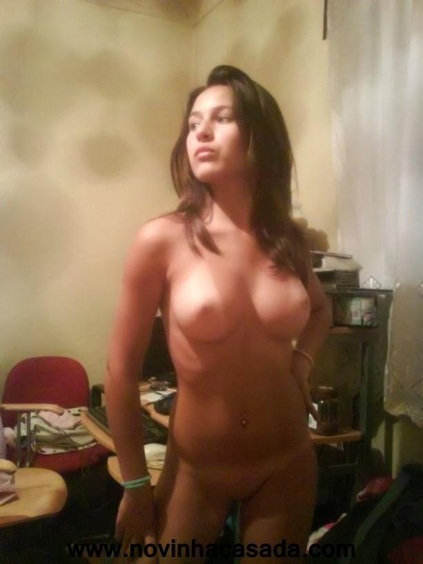 fotos-vazou-na-internet-de-mulheres-safadinhas-23
