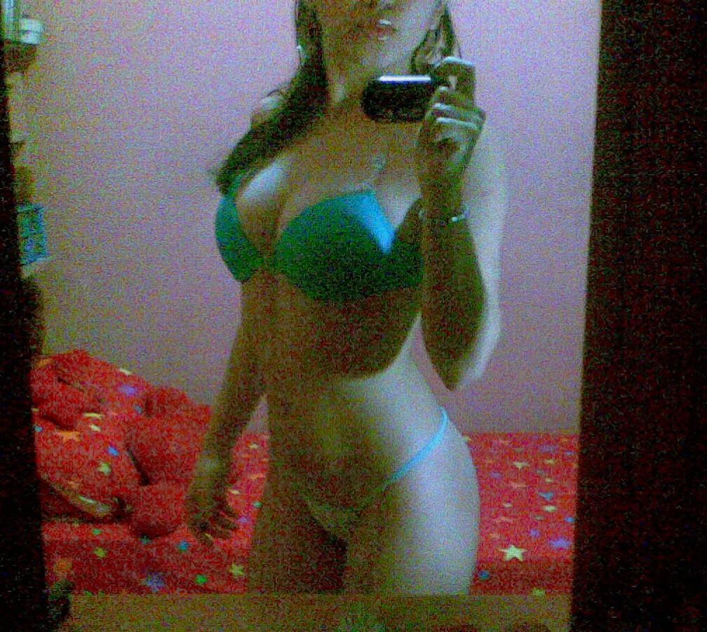 maria-novinha-caiu-no-whatsapp-pelada-3
