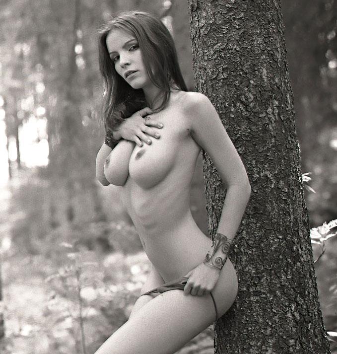 32-gostosas-peladas-mostrando-todo-o-corpo-17