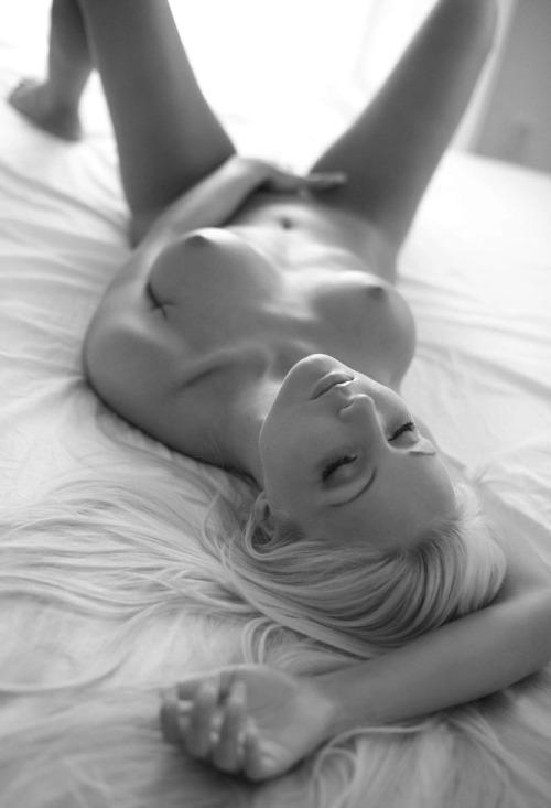 42-mulheres-gostosas-peladas-2016-37