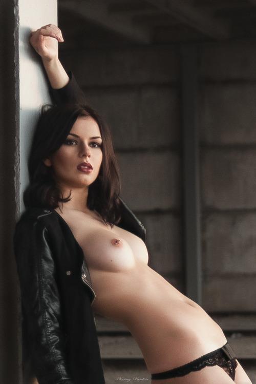 modelos-gostosas-em-fotos-peladas-5