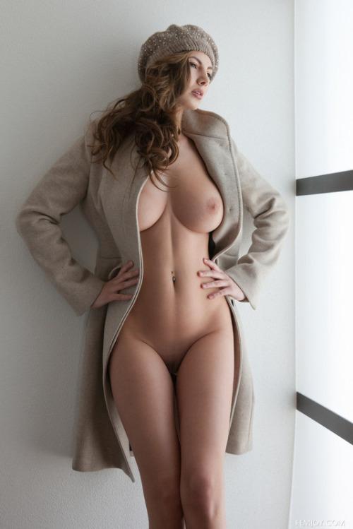 modelos-gostosas-em-fotos-peladas