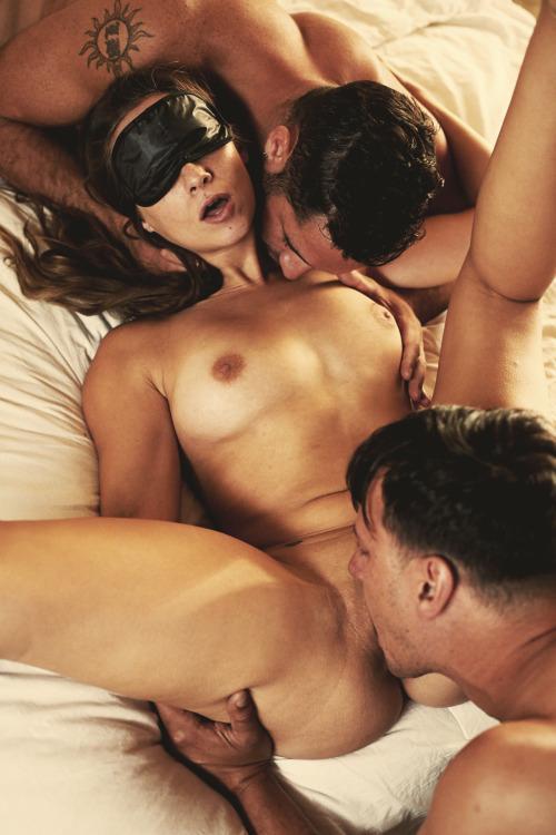 casais-fazendo-sexo-gostoso-em-varios-lugares-8