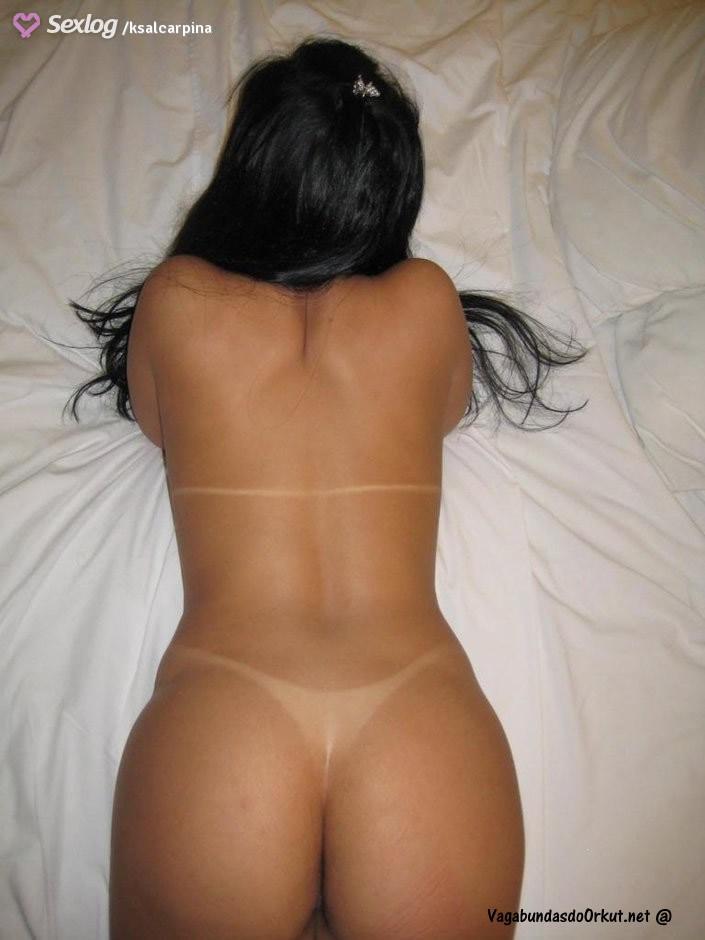 fotos-casada-rabuda-mostrando-os-peitoes-perfeitos-3