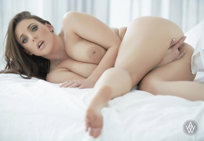 Blacked wild angela white and hot divorcee lena paul have a - 3 part 3